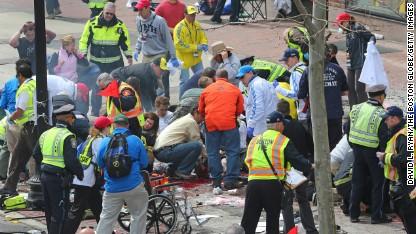 Американские дерматологи помогут жертвам бостонского марафона