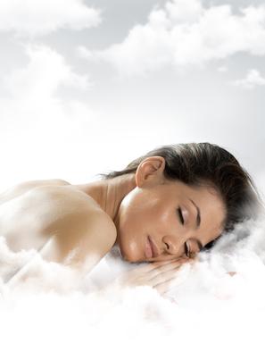 Доказано: недостаток сна влияет на состояние кожи