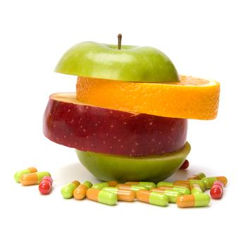 Витамины могут вызвать осложнение после пластической операции