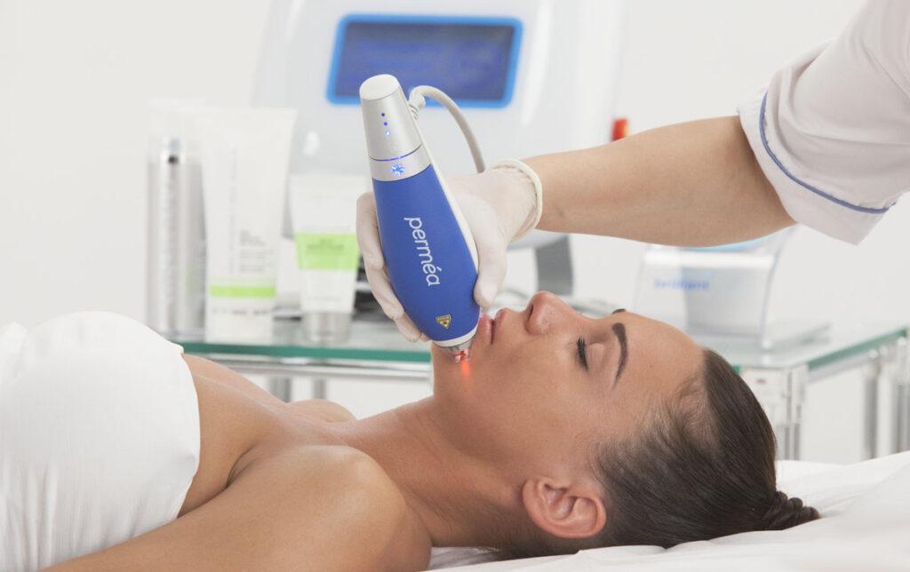 Продажа аппарата Clear+Brilliant Б/У в безупречном техническом и рабочем состоянии производства Solta Medical