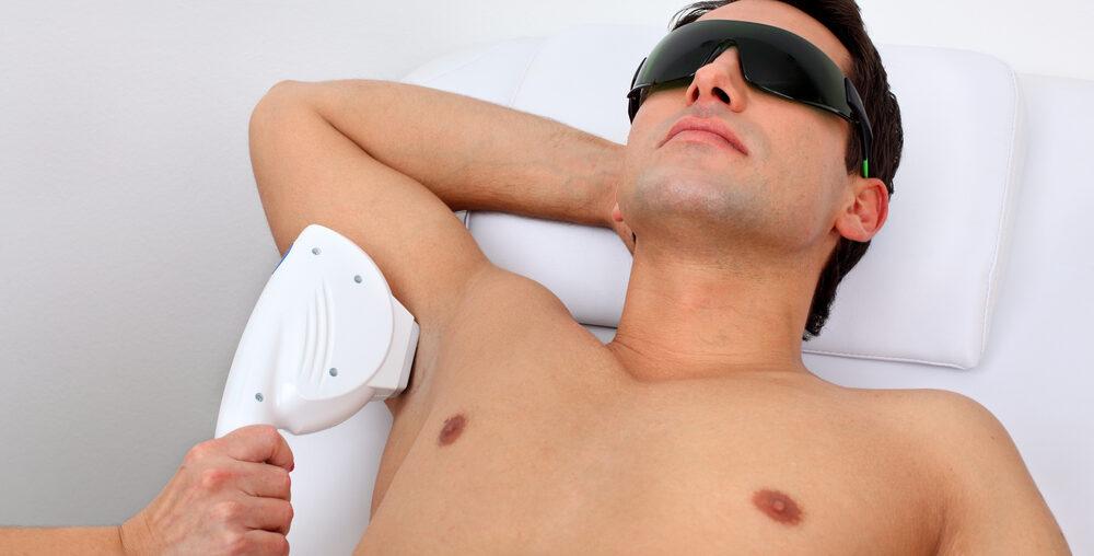 Как правильно выбрать оборудование для мужской лазерной эпиляции?
