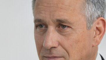 Роберт Николаевич Гуков