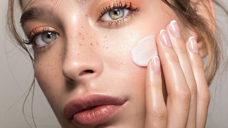 Тренды аппаратной косметологии: какие услуги стали самыми продаваемыми?