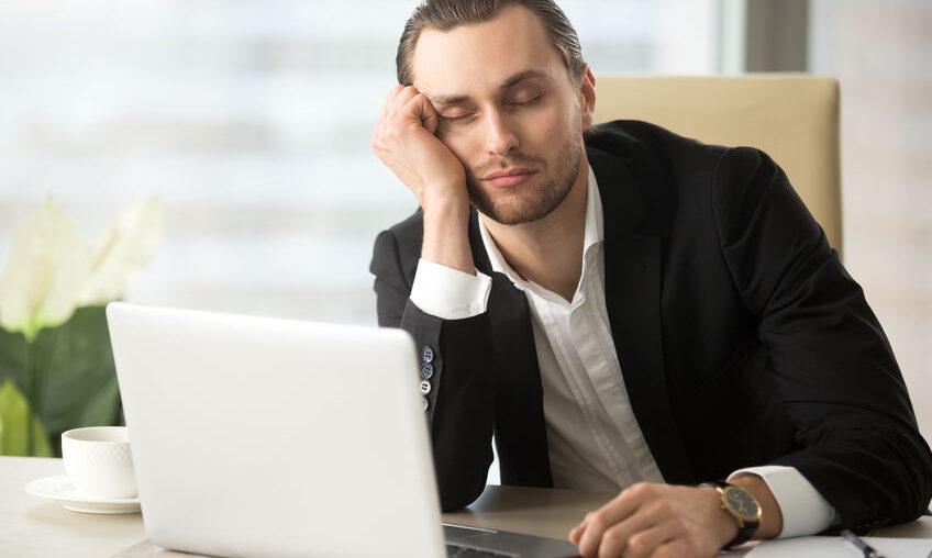 Как не уснуть на рабочем месте после обеда?